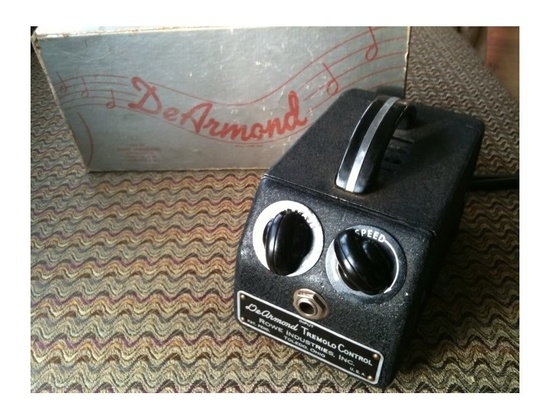 DeArmond Tremolo Control