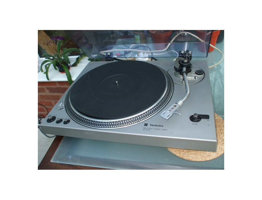 Technics SL-1800 Turntable