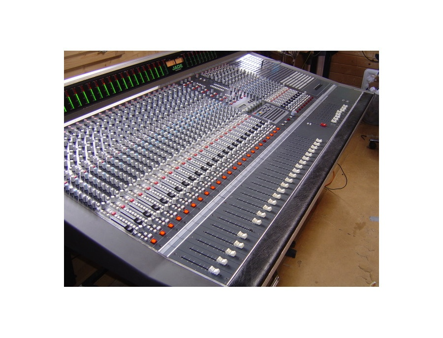 Soundtracs Jade 48 Console Reviews Amp Prices Equipboard 174