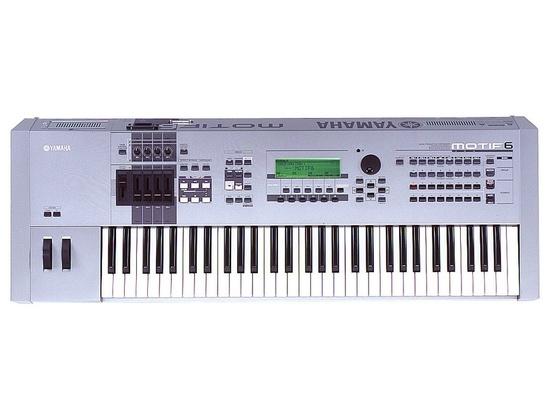 Yamaha MOTIF6