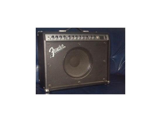 Fender Roc Pro 1000