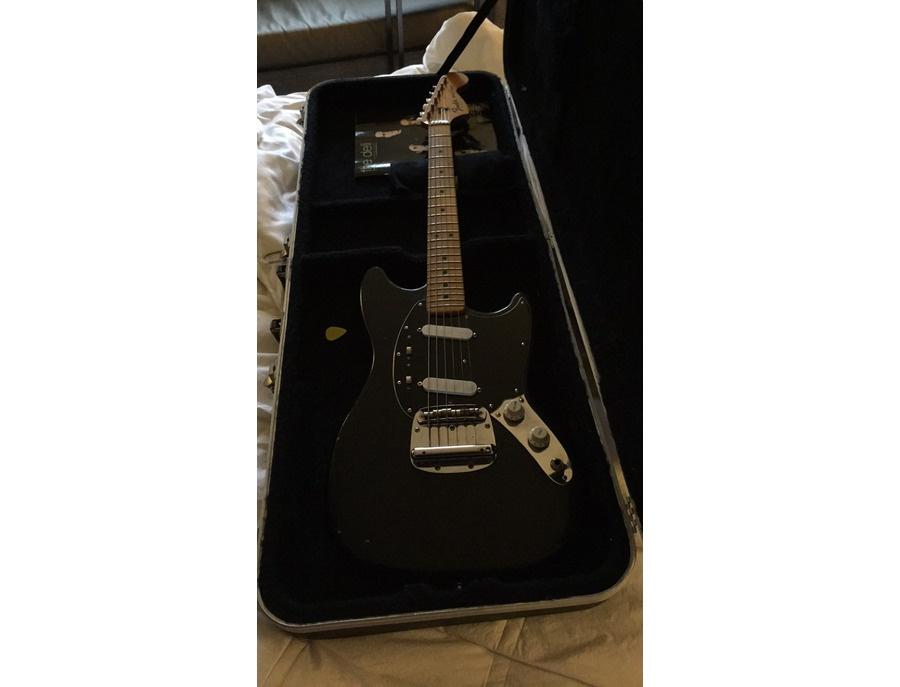 1976 Fender Mustang - Black