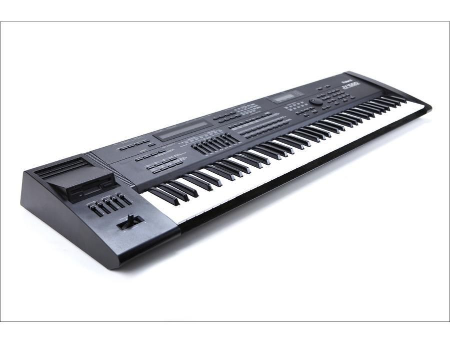 Roland JV-1000