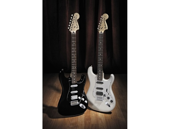 fender deluxe fat strat hss reviews prices equipboard. Black Bedroom Furniture Sets. Home Design Ideas