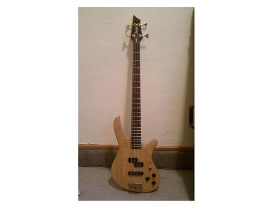 Fender Prophecy II bass