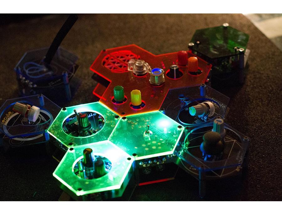Molecule Synth
