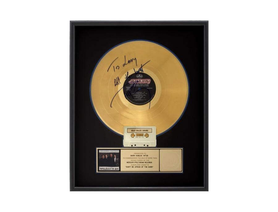 Riaa gold sales awards robert cray don t be afraid of the dark xl