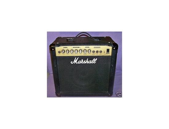 Marshall G15R CD