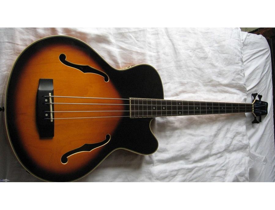 Samick HFB 590 Artist semi-acoustic Bass