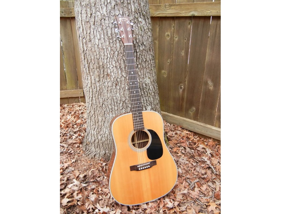 Martin D-2R Acoustic Guitar