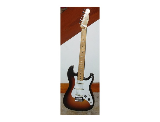 Fender Bullet Sunburst 80's