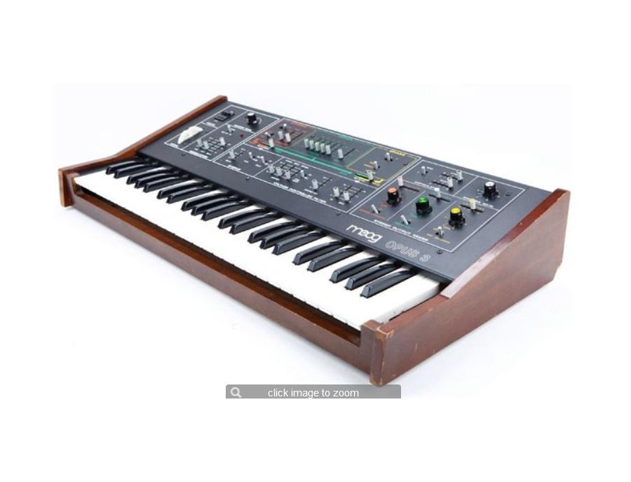 Moog Opus 3