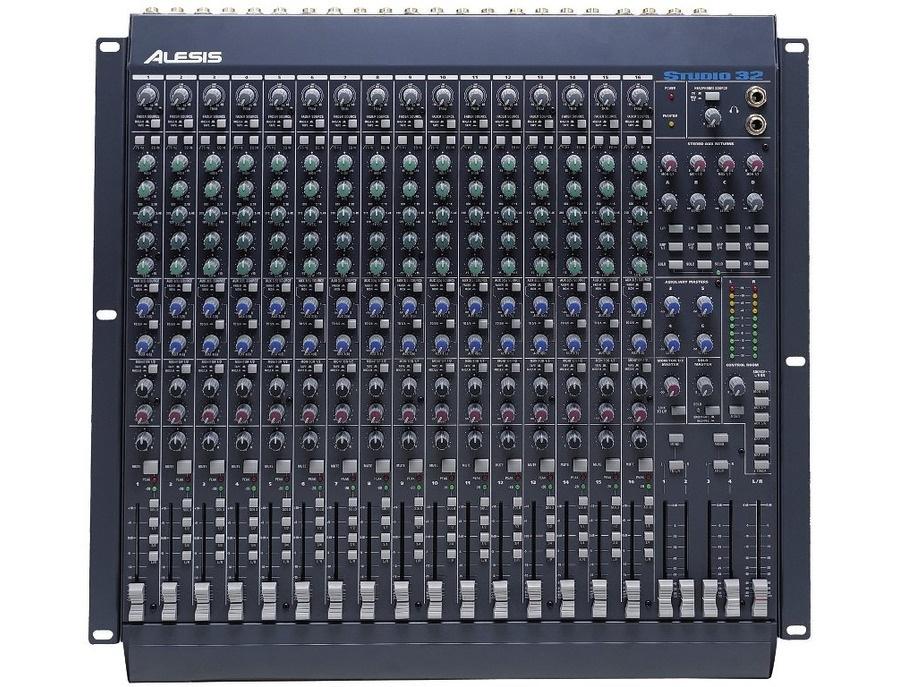 Alesis Studio 32