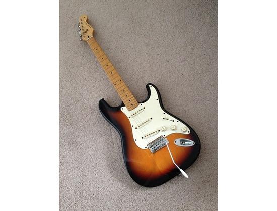 MIK Fender Squier Stratocaster