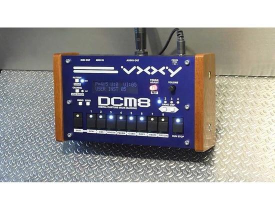 Vxxy DCM8
