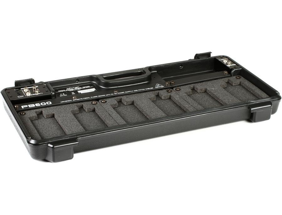 Behringer pedal board pb600 xl