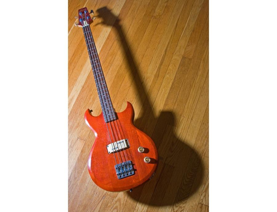Aria Pro II Cardinal Bass