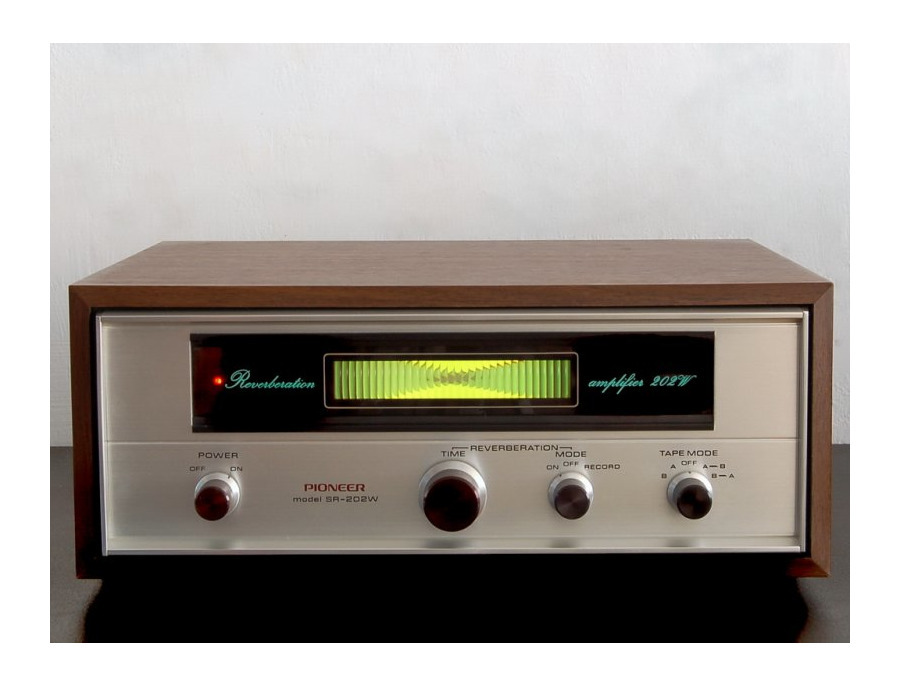 Pioneer SR-202W Reverb Amp