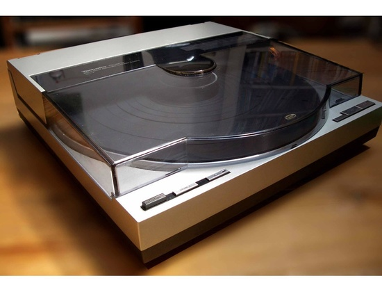 Technics SL-7 Linear Turntable