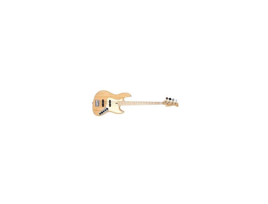 Sire bass V7