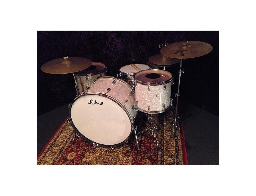 "1968 Ludwig Drum Kit / 26"" Bass Drum"