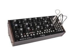 Moog-mother-32-s