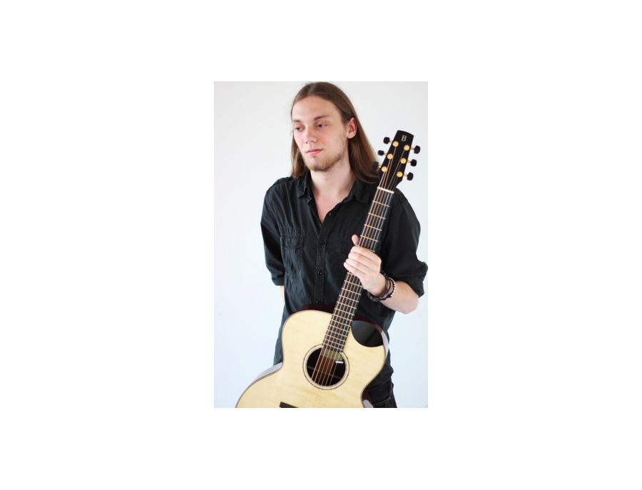 Benjamin Guitar