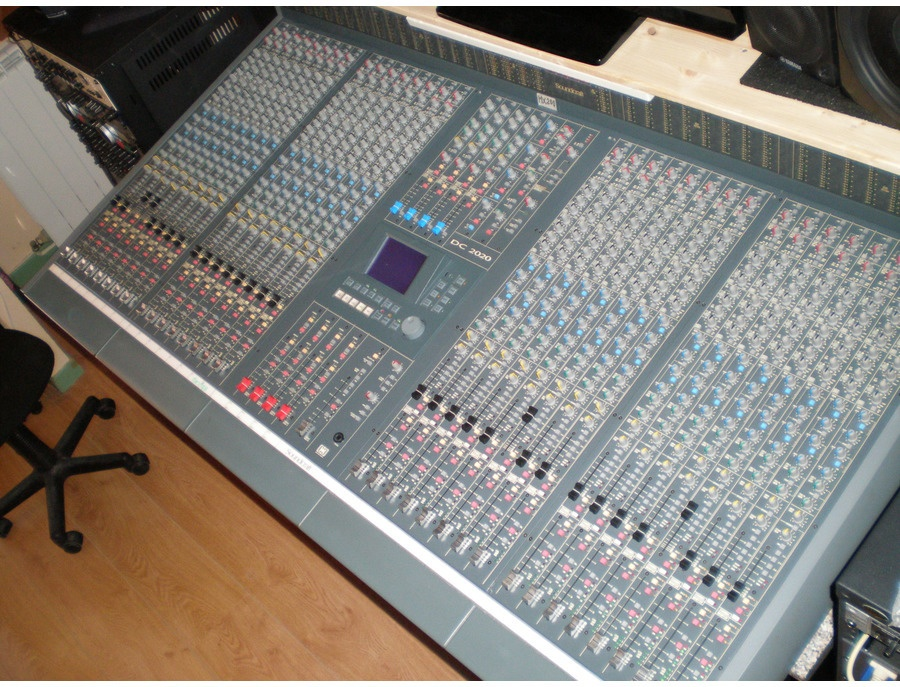 Soundcraft DC2020