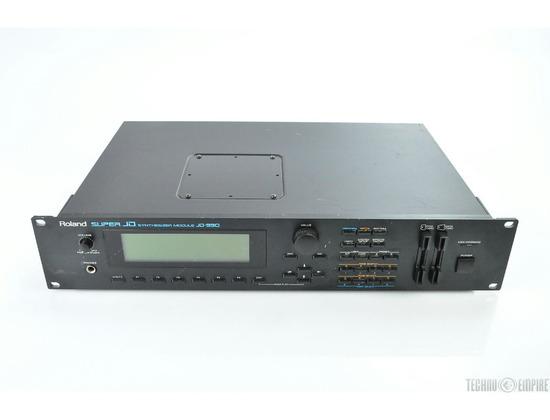 ROLAND JD-990 Super JD Digital Synthesizer.