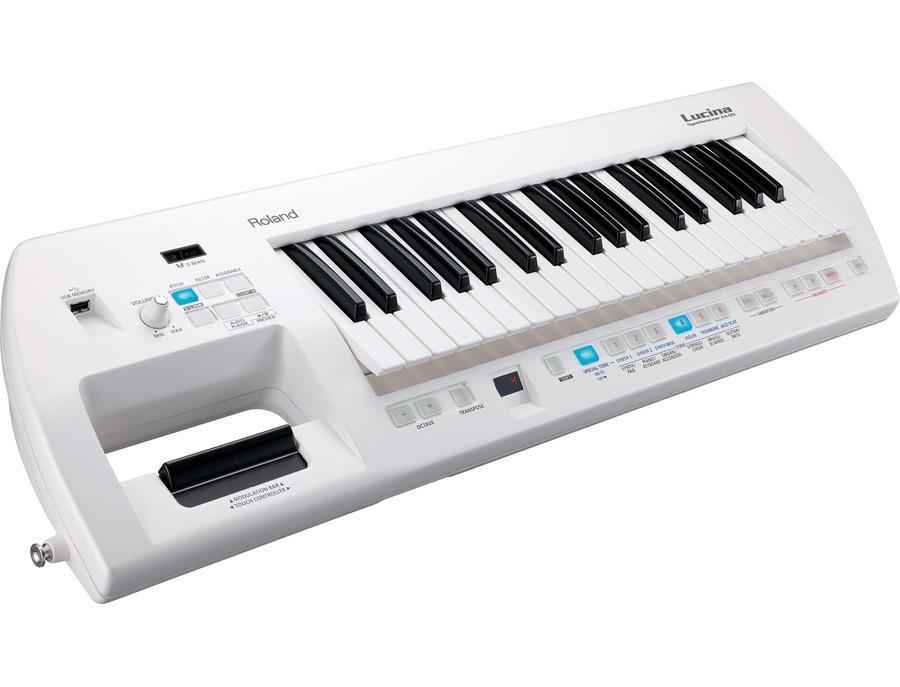 Roland Lucina AX-09