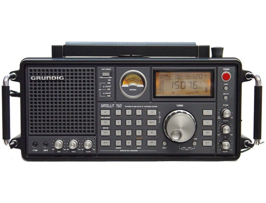Eton Grundig Satellit 750 Ultimate AM/FM Stereo Shortwave, Longwave, Aircraft Bands