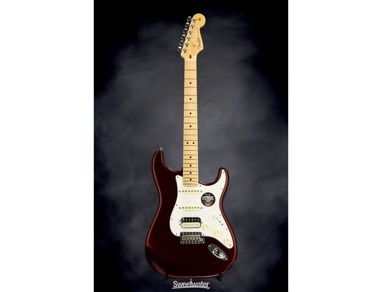 Fender American Standard Stratocaster HSS Bordeaux