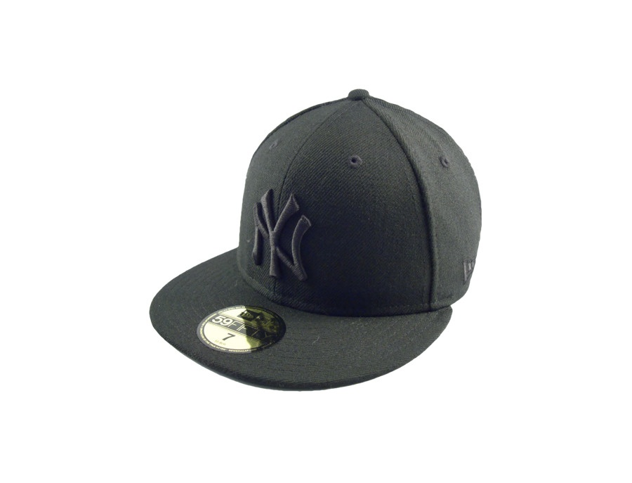 New Era New York Yankees Baseball Cap Black on Black