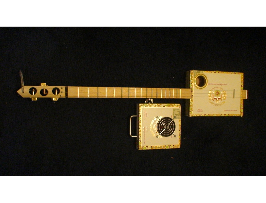 Macanudo Cigar-Box Guitar