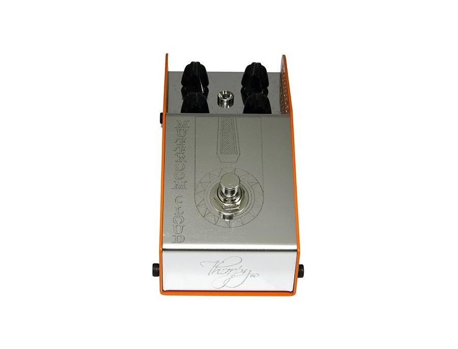 Thorpyfx muffroom cloud fuzz pedal xl