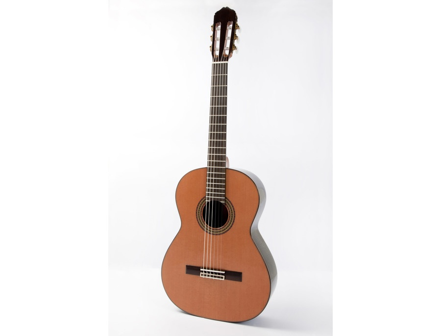 Raimundo Concierto Model 148 Classical Guitar