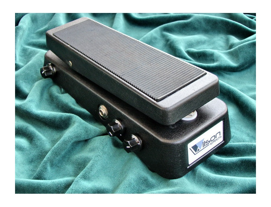 Wilson Effects 12 Position Q Wah