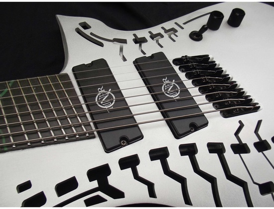 Azwen carbon fitted with Q-tuner q2.0 pickups