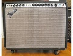 Fender-twin-reverb-silverface-s