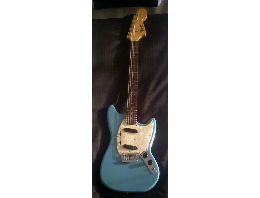 1966 Fender Duo-Sonic II Electric Guitar