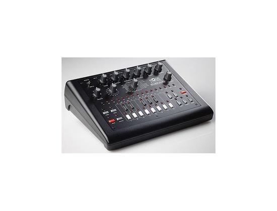 Mode Machines - Xoxbox (TB-303 clone)