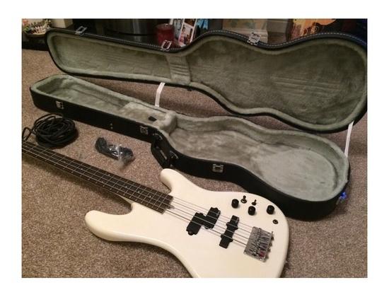Aria Pro II XRB Active/Passive Bass