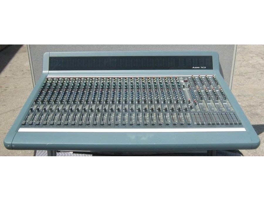 Alesis x2 24 channel mixing console xl