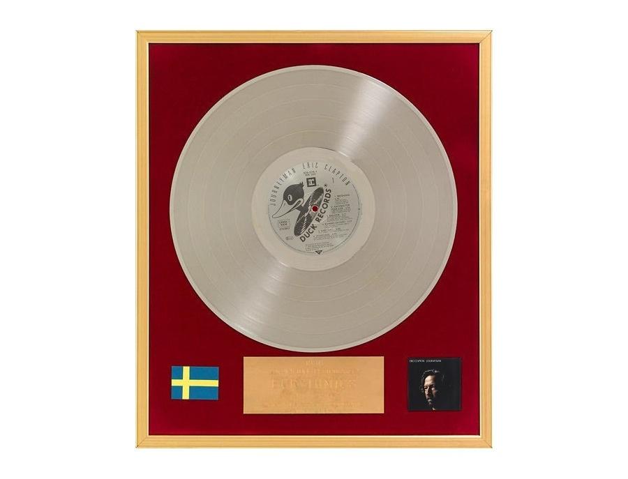 """IFPI Sweden Platinum Sales Award – """"Journeyman"""""""
