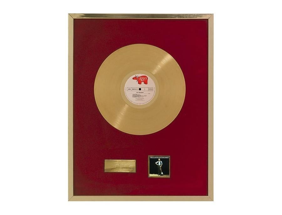 "RIANZ Gold Sales Award – ""Just One Night"""