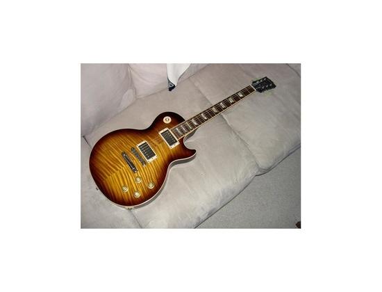 Gibson Les Paul 2002 Standard Classic in Desert Burst.
