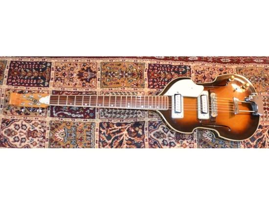 1967 Cameo 1402T Violin 6-String