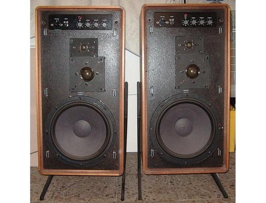 Braun LV-1020
