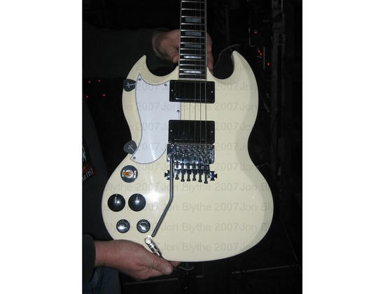 Gibson Custom SG Floyd Rose (White Finish).