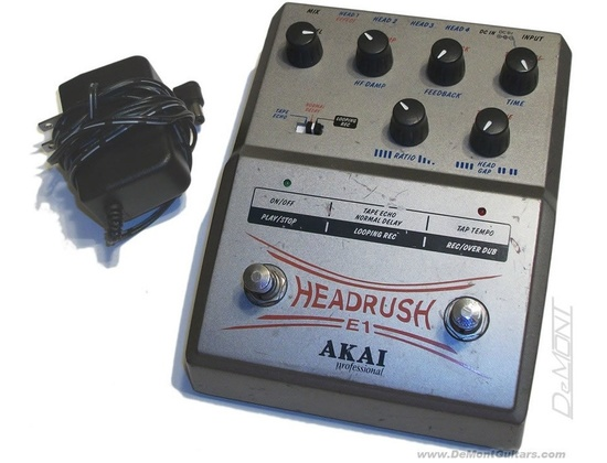 Akai E1 Headrush Delay/Looper